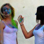 Translator saves money - Girls in coloured t-shirts